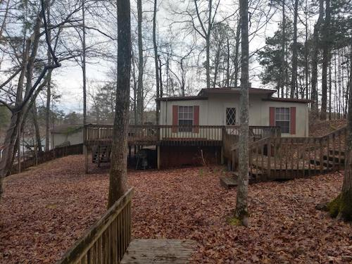(06) Lake Martin Single Residential Family Home - 263 Lemaster Road Eclectic