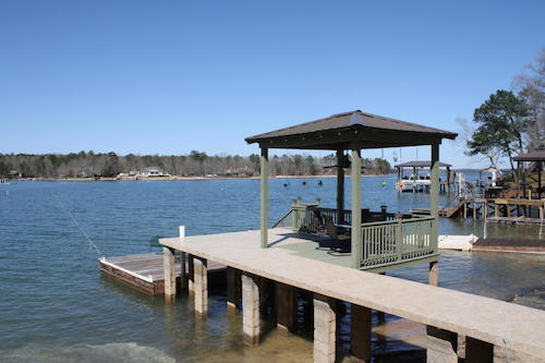 (07) Lake Martin Waterfront Lakehouse - 562 cove drive eclectic alabama