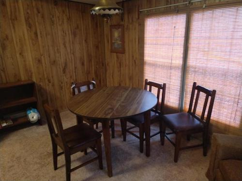 (08) Lake Martin Single Residential Family Home - 263 Lemaster Road Eclectic