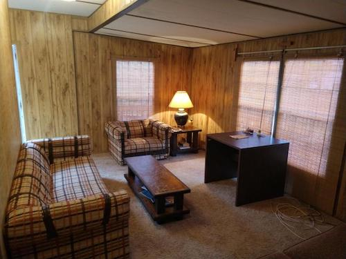 (09) Lake Martin Single Residential Family Home - 263 Lemaster Road Eclectic
