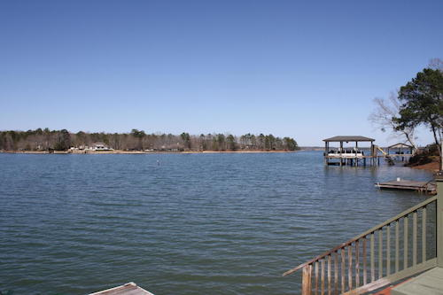 (10) Lake Martin Waterfront Lakehouse - 562 cove drive eclectic alabama